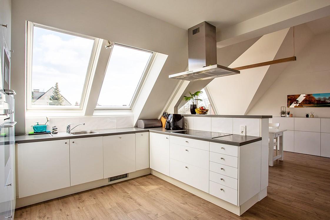 Verrassend ruim, lichtrijk appartement met 3 slaapkamers in hartje Broechem! afbeelding 7