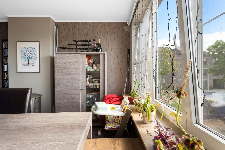 Ruim appartement met drie slaapkamers en terras op centrale locatie in Deurne! afbeelding 5
