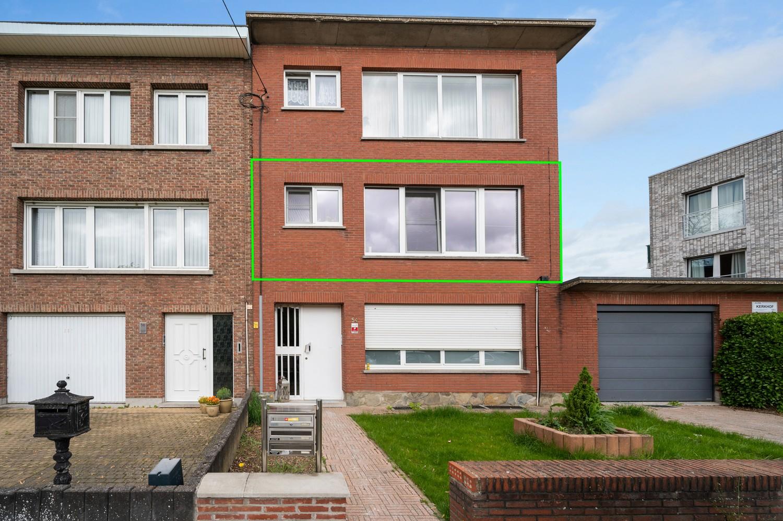 Ruim appartement met drie slaapkamers en terras op centrale locatie in Deurne! afbeelding 4