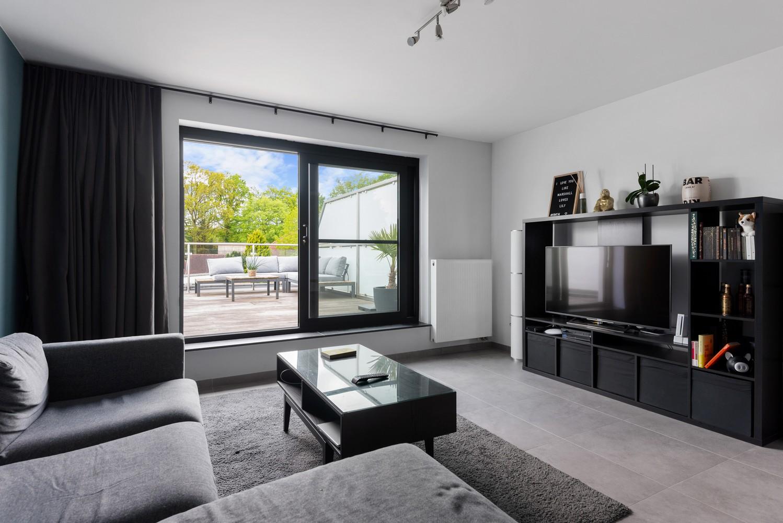 Recent, ruim duplex appartement met 3 slaapkamers en zonnig terras! afbeelding 6