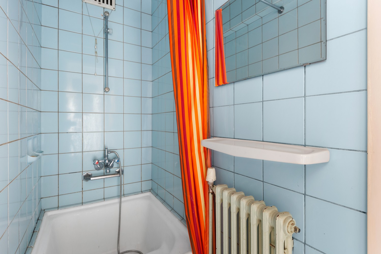 Riante, te renoveren dokterswoning met 6 à 7 slaapkamers en ruime tuin te Hemiksem! afbeelding 23