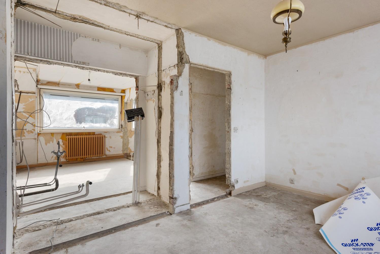 Riante, te renoveren dokterswoning met 6 à 7 slaapkamers en ruime tuin te Hemiksem! afbeelding 19