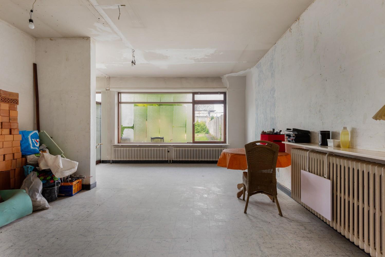 Riante, te renoveren dokterswoning met 6 à 7 slaapkamers en ruime tuin te Hemiksem! afbeelding 25