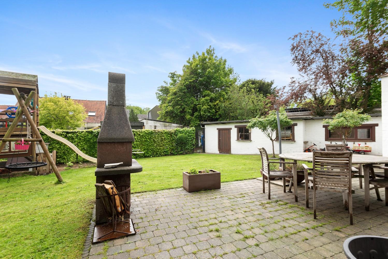 Gunstig gelegen, charmante villa op een mooi perceel van 810m² afbeelding 12