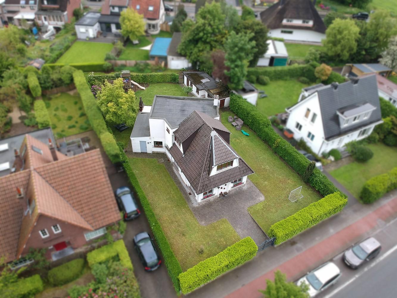 Gunstig gelegen, charmante villa op een mooi perceel van 810m² afbeelding 26