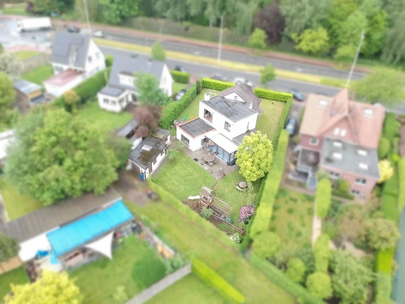 Gunstig gelegen, charmante villa op een mooi perceel van 810m² afbeelding 24