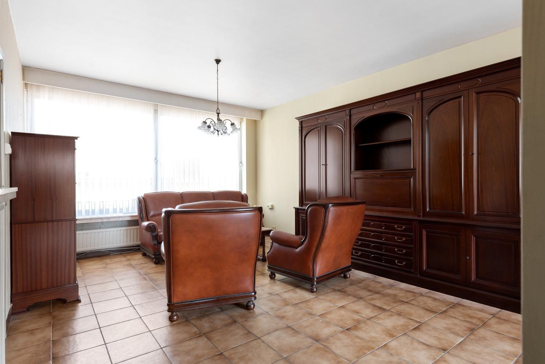 Te renoveren appartement met één slaapkamer te Antwerpen! afbeelding 5