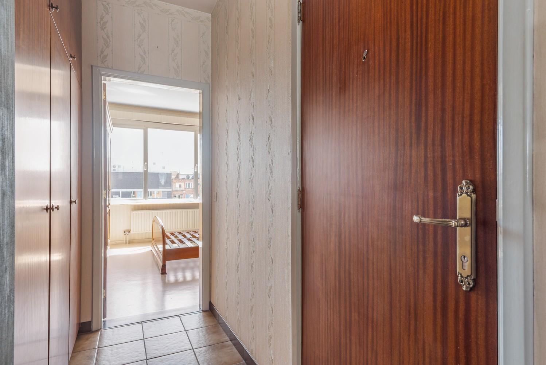Te renoveren appartement met één slaapkamer te Antwerpen! afbeelding 11