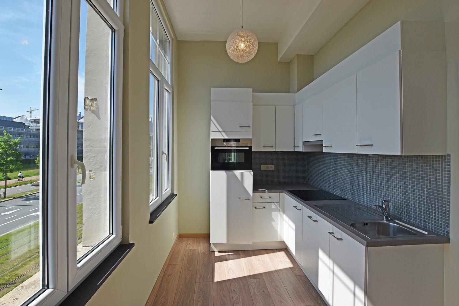 Gerenoveerd appartement met 1 slpk, gelegen op een toplocatie te Antwerpen! afbeelding 4