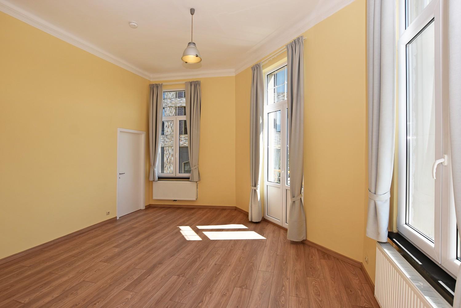 Gerenoveerd appartement met 1 slpk, gelegen op een toplocatie te Antwerpen! afbeelding 3