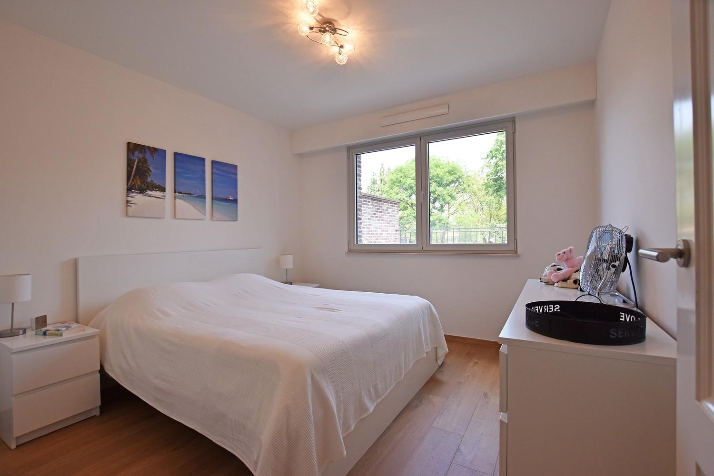 Luxueus appartement op de eerste verdieping op een rustige centrumlocatie te 's Gravenwezel. afbeelding 6