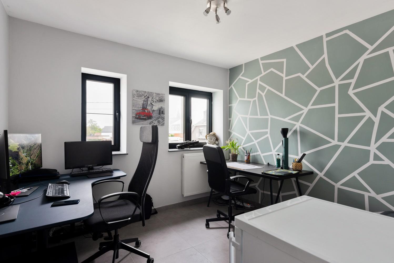 Recent, ruim duplex appartement met 3 slaapkamers en zonnig terras! afbeelding 15