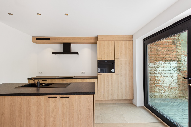 Volledig gerenoveerde woning met 3 slaapkamers op een gunstige locatie in Brasschaat! afbeelding 9