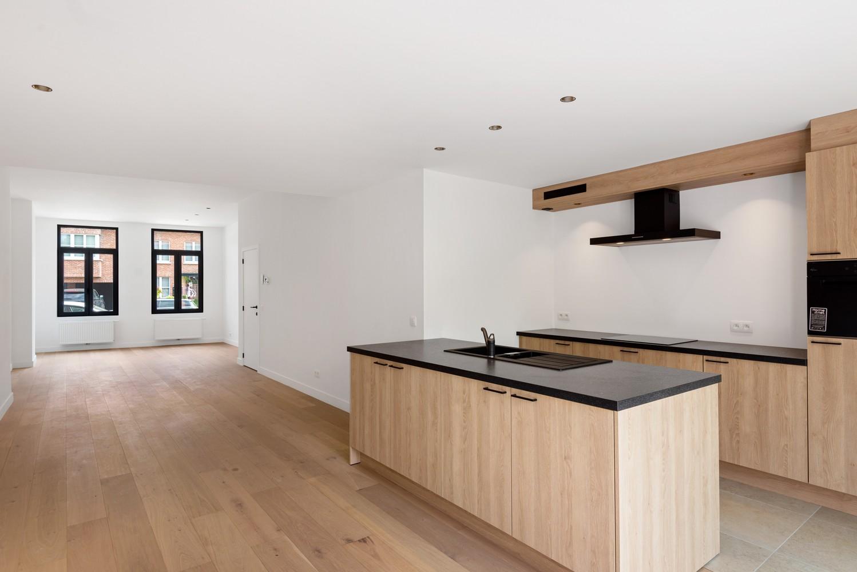 Volledig gerenoveerde woning met 3 slaapkamers op een gunstige locatie in Brasschaat! afbeelding 6