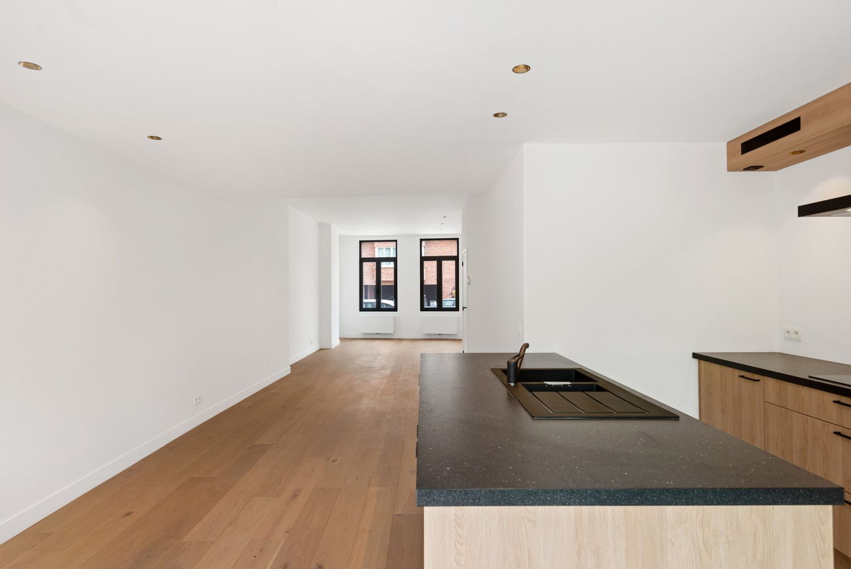Volledig gerenoveerde woning met 3 slaapkamers op een gunstige locatie in Brasschaat! afbeelding 8