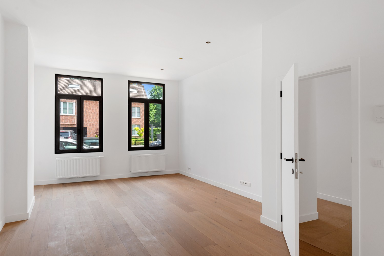 Volledig gerenoveerde woning met 3 slaapkamers op een gunstige locatie in Brasschaat! afbeelding 12