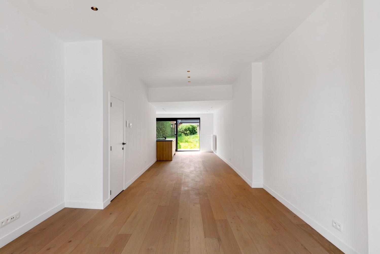 Volledig gerenoveerde woning met 3 slaapkamers op een gunstige locatie in Brasschaat! afbeelding 5