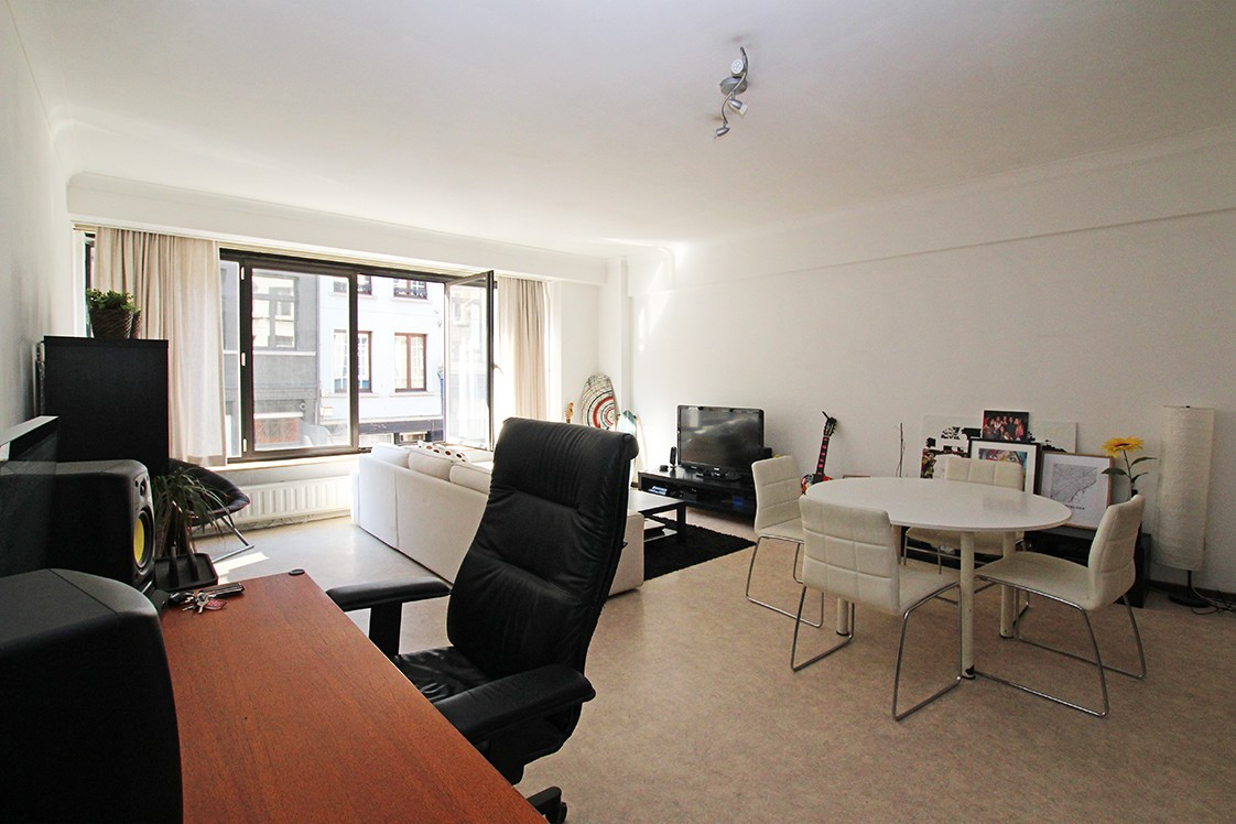 Leuk & ruim appartement met terras op een centrale locatie in Antwerpen! afbeelding 2