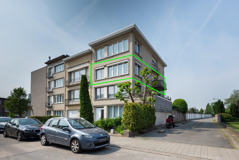 Prachtig, lichtrijk appartement met 2 slaapkamers & zonnig terras! afbeelding 17