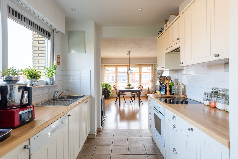 Prachtig, lichtrijk appartement met 2 slaapkamers & zonnig terras! afbeelding 9
