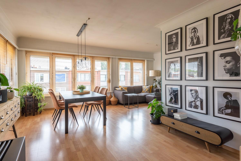 Prachtig, lichtrijk appartement met 2 slaapkamers & zonnig terras! afbeelding 1