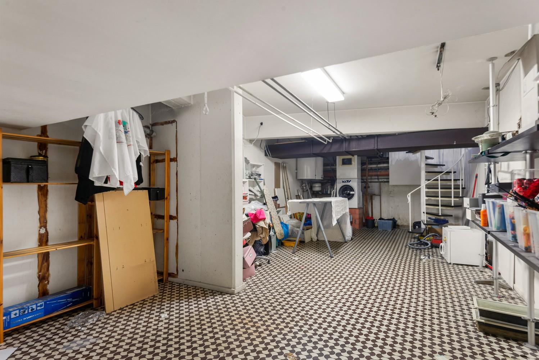 Winkelruimte/praktijk/kantoor (73 m²) in de bruisende Diamantwijk van Antwerpen. afbeelding 14