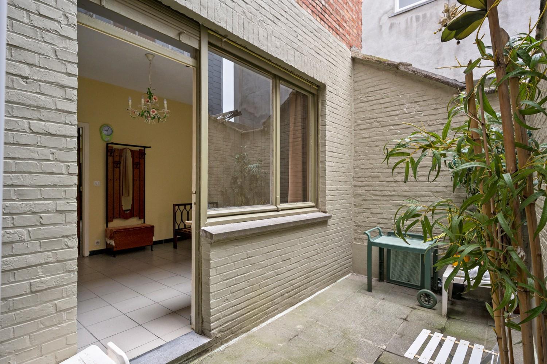 Op te frissen gelijkvloers appartement met één slaapkamer en terras! afbeelding 2