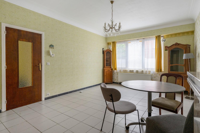 Op te frissen gelijkvloers appartement met één slaapkamer en terras! afbeelding 4