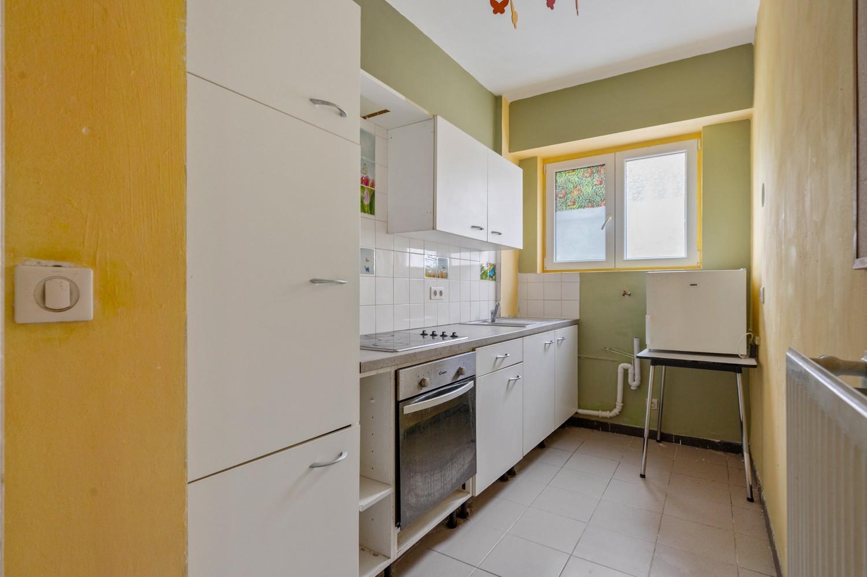 Op te frissen gelijkvloers appartement met één slaapkamer en terras! afbeelding 7