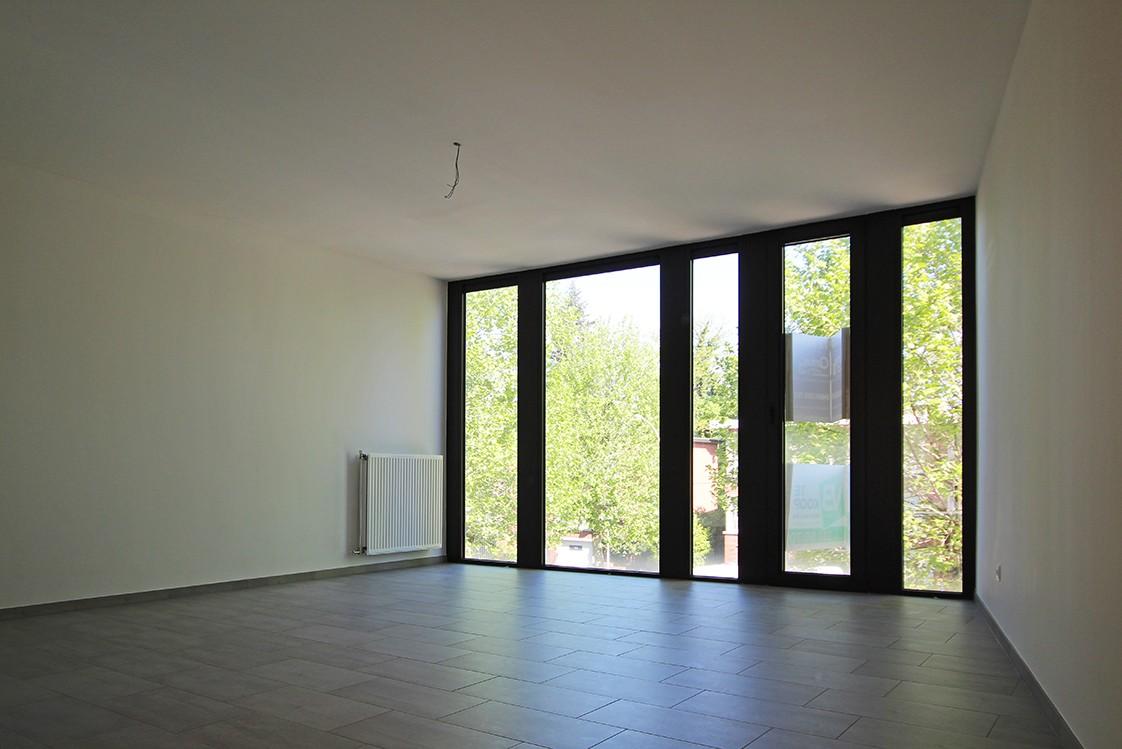 Riant één-slaapkamer appartement met aangenaam terras. afbeelding 6