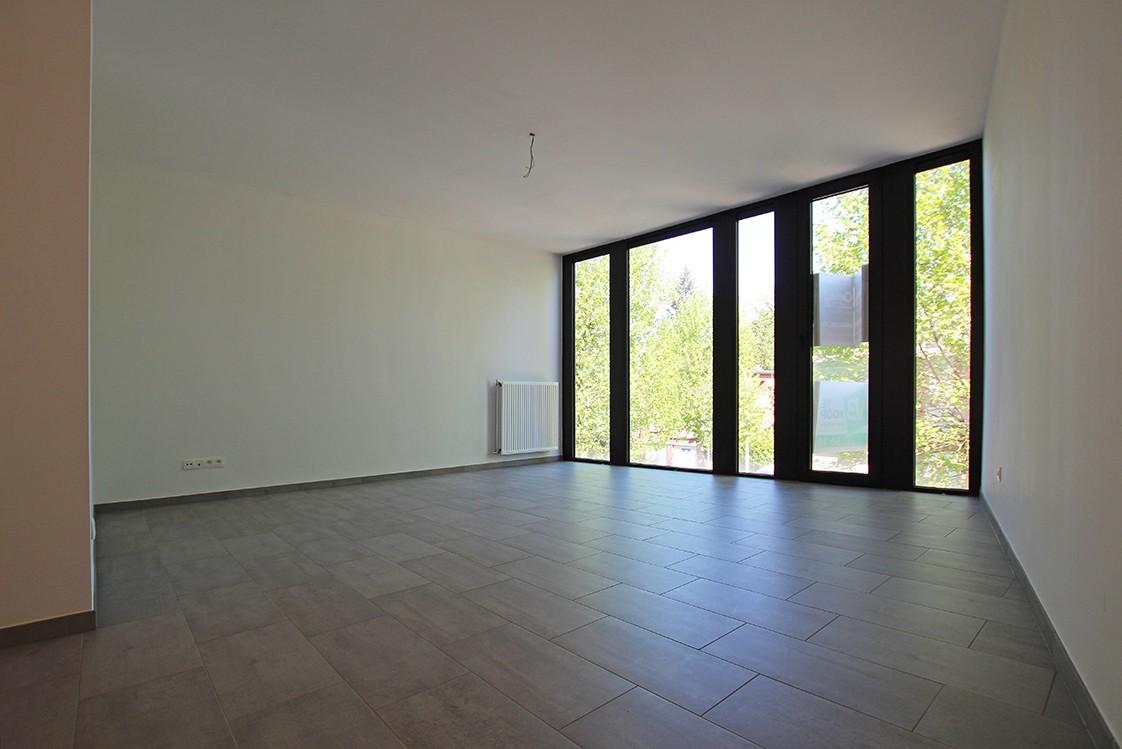 Riant één-slaapkamer appartement met aangenaam terras. afbeelding 7