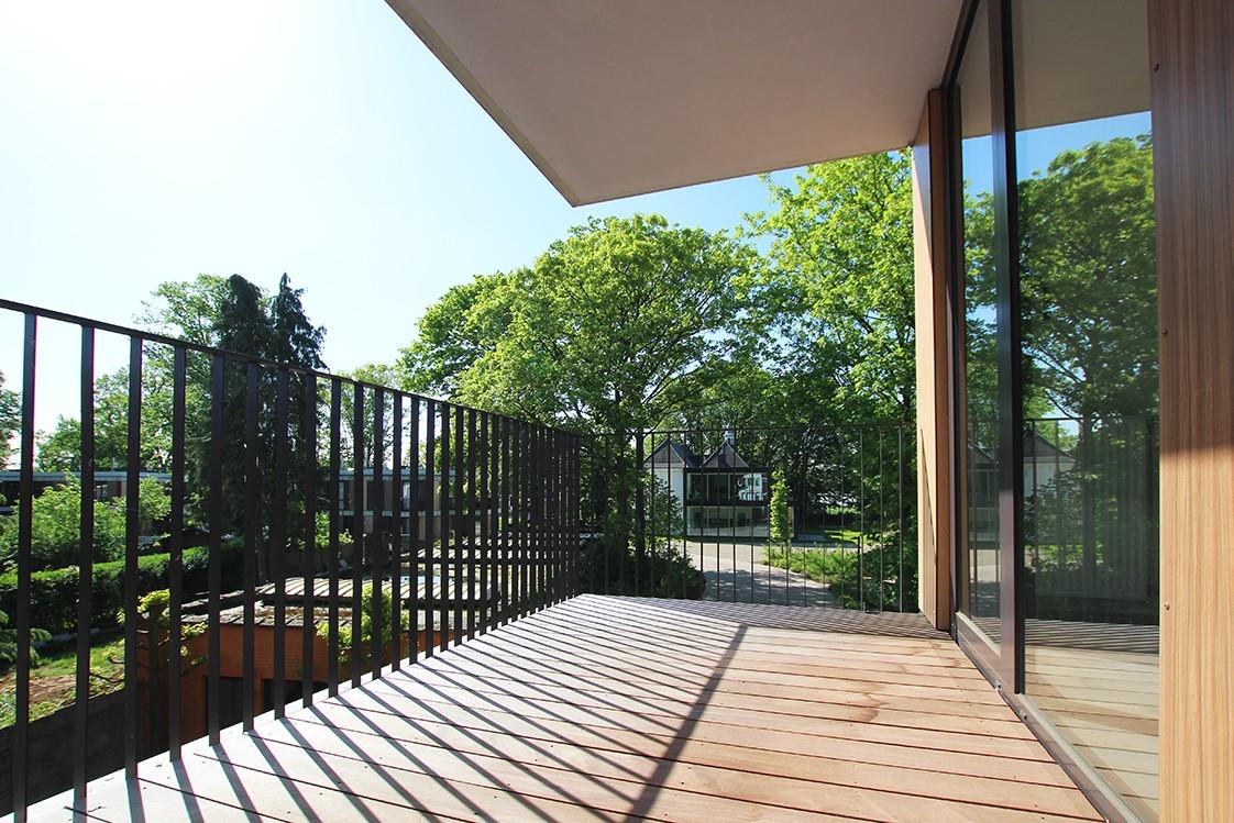 Riant één-slaapkamer appartement met aangenaam terras. afbeelding 1
