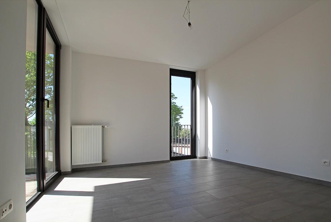 Riant één-slaapkamer appartement met aangenaam terras. afbeelding 4