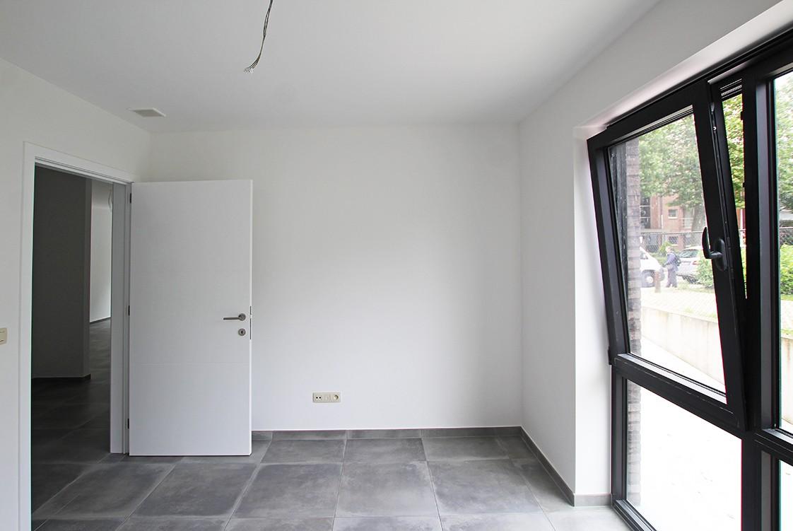 Gloednieuw, gelijkvloers appartement met 2 slaapkamers en terras! afbeelding 9