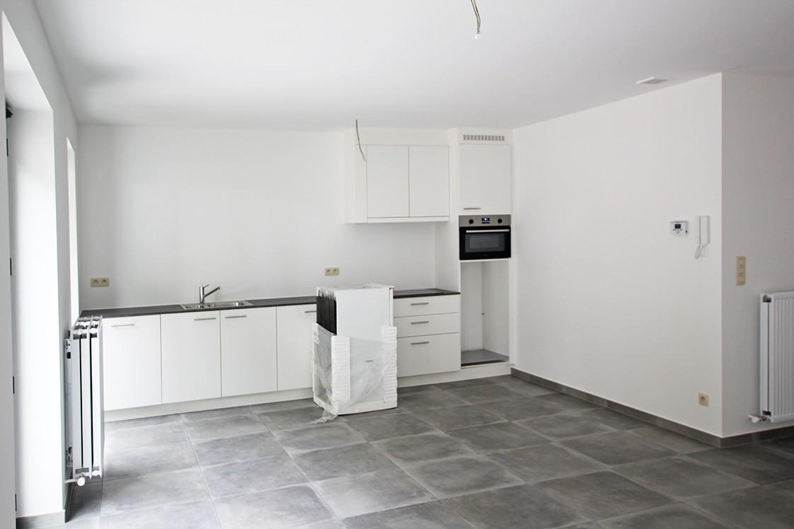 Gloednieuw, gelijkvloers appartement met 2 slaapkamers en terras! afbeelding 4