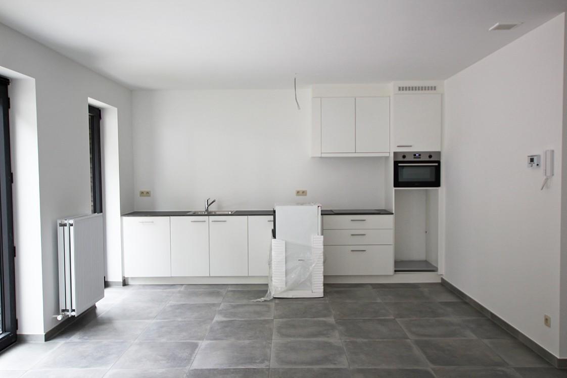 Gloednieuw, gelijkvloers appartement met 2 slaapkamers en terras! afbeelding 3