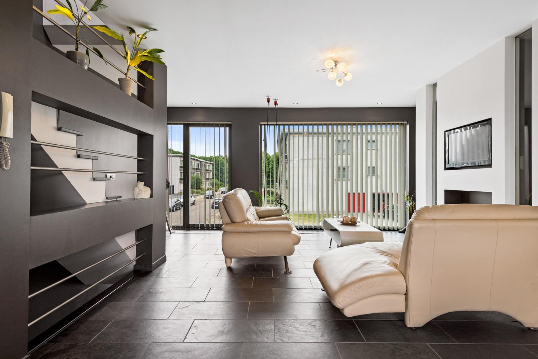 Recente bel-étage met drie slaapkamers en leuke tuin met jacuzzi en buitenkeuken te Stabroek! afbeelding 4