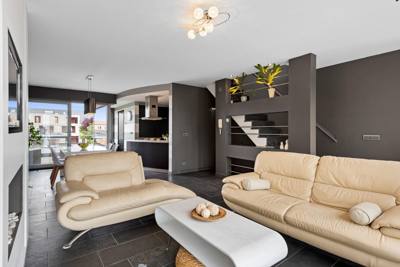 Recente bel-étage met drie slaapkamers en leuke tuin met jacuzzi en buitenkeuken te Stabroek! afbeelding 6