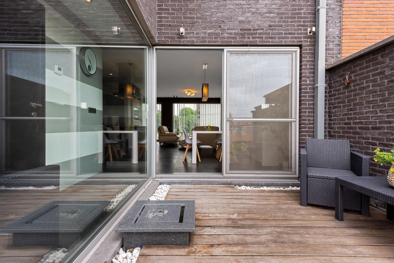 Recente bel-étage met drie slaapkamers en leuke tuin met jacuzzi en buitenkeuken te Stabroek! afbeelding 14