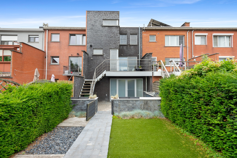 Recente bel-étage met drie slaapkamers en leuke tuin met jacuzzi en buitenkeuken te Stabroek! afbeelding 30
