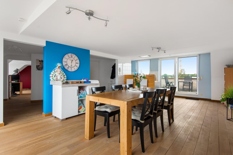Dakappartement (154 m²) met riant terras te Schoten! afbeelding 9