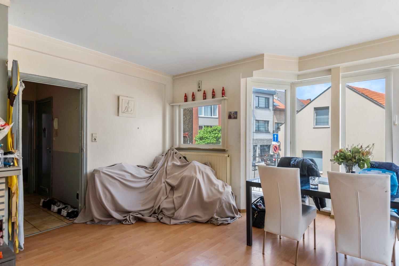 Opbrengsteigendom bestaande uit 3 appartementen en 4 garageboxen te Merksem. afbeelding 10