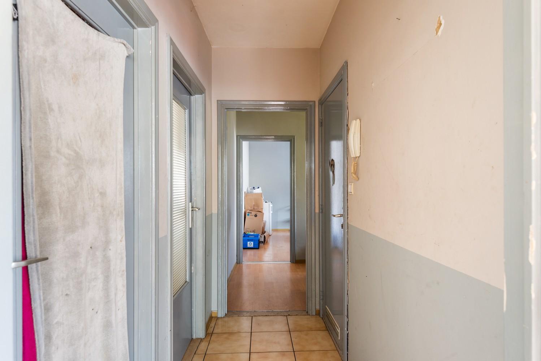 Opbrengsteigendom bestaande uit 3 appartementen en 4 garageboxen te Merksem. afbeelding 13