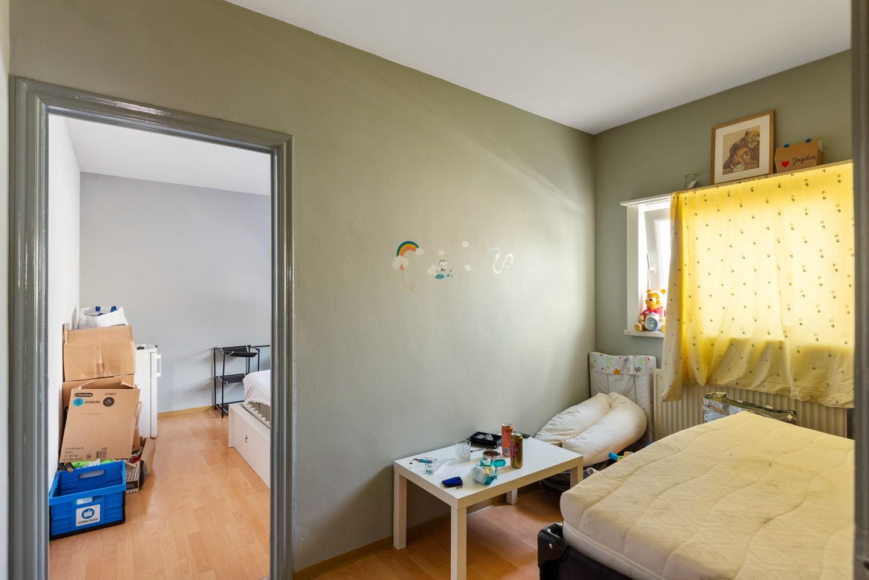 Opbrengsteigendom bestaande uit 3 appartementen en 4 garageboxen te Merksem. afbeelding 16