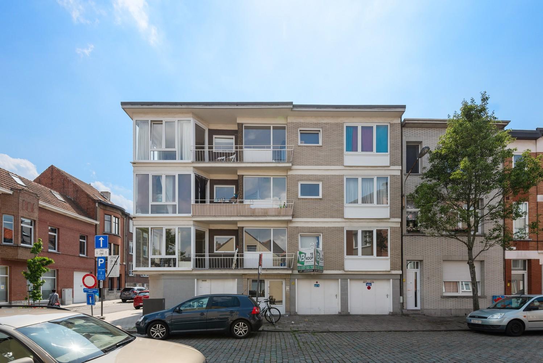 Opbrengsteigendom bestaande uit 3 appartementen en 4 garageboxen te Merksem. afbeelding 17