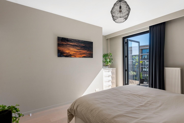 Stijlvol gerenoveerd appartement gelegen tussen het historisch centrum en 't Eilandje! afbeelding 14