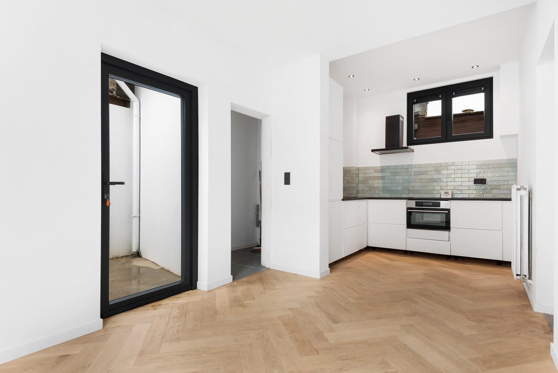 Ideale starterswoning met 3 slaapkamers en 2 badkamers te Borgerhout. afbeelding 4