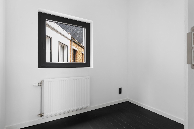 Ideale starterswoning met 3 slaapkamers en 2 badkamers te Borgerhout. afbeelding 11