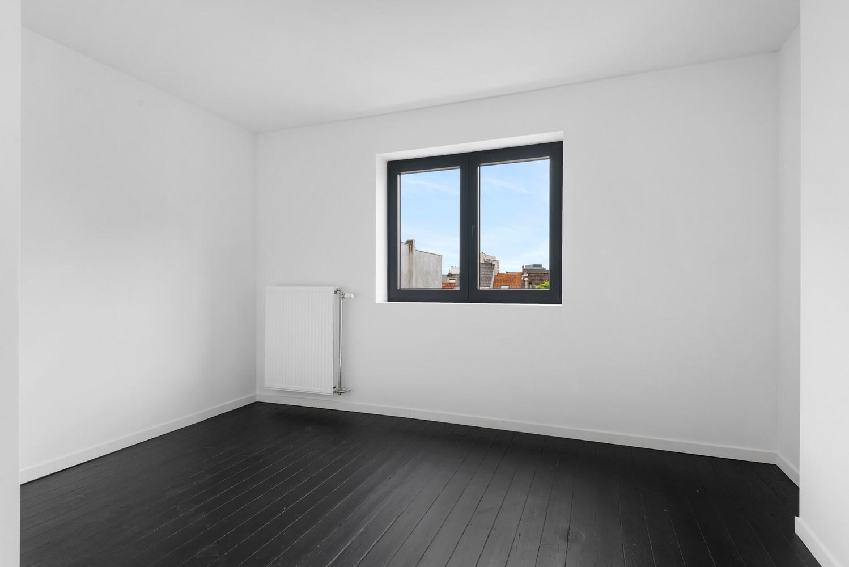 Ideale starterswoning met 3 slaapkamers en 2 badkamers te Borgerhout. afbeelding 15