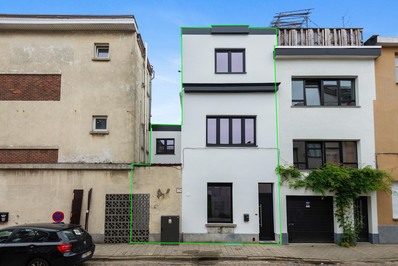 Ideale starterswoning met 3 slaapkamers en 2 badkamers te Borgerhout. afbeelding 1